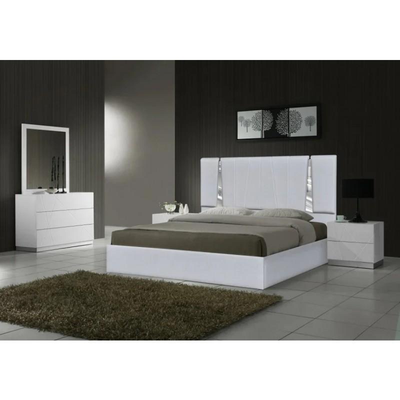 Интерьерная кровать Эгина