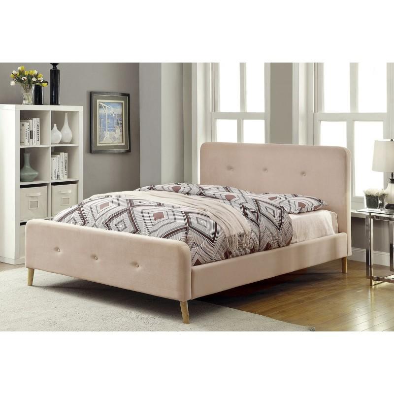 Интерьерная кровать Левита