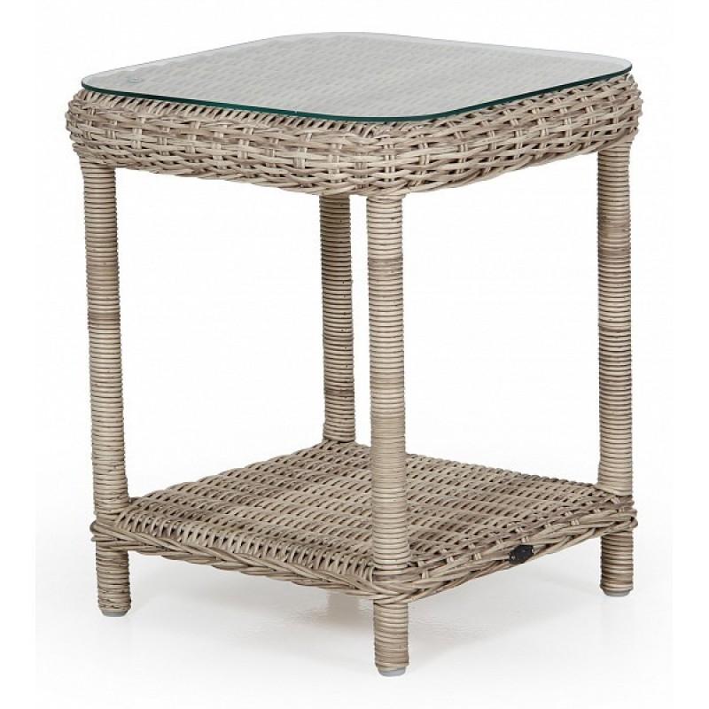 Кофейный столик из ротанга Catherine